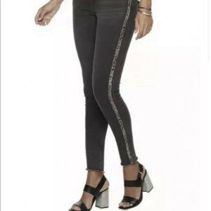 JLO skinny frayed ankle jeans snake print stripe